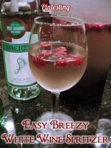 Pintesting Easy Breezy White Wine Spritzer