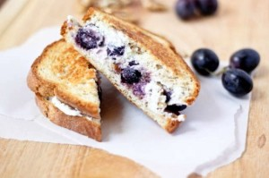 http://www.bakeyourday.net/grilled-goat-cheese-sandwich-honey-roasted-grapes-walnuts/