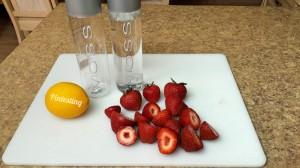 Lemon Strawberry Detox Water Ingredients - Pintesting